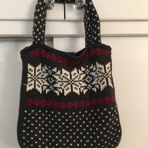 Aeropostale sweater knit shoulder tote.
